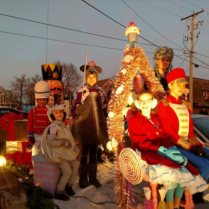 The Float is ready to go!